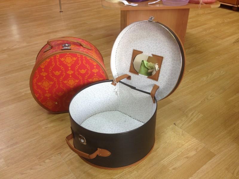 boite chapeaux. Black Bedroom Furniture Sets. Home Design Ideas